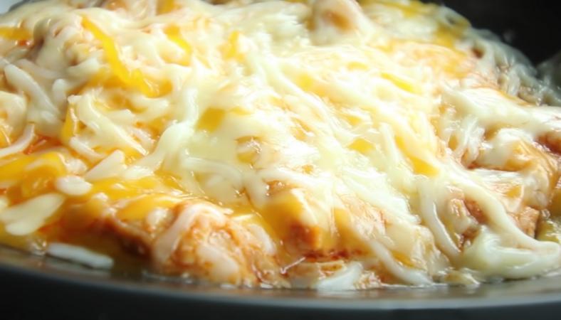 Chicken Quesadilla Melt keto hack at taco bell